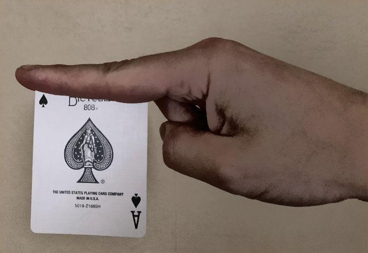 Card Throwing Grip 2