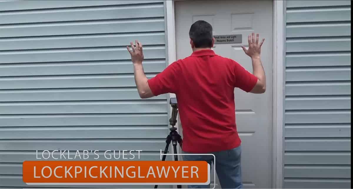 what does lockpickinglawyer look like